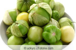 tomatillo physalis philadelphica anbau pflege und. Black Bedroom Furniture Sets. Home Design Ideas